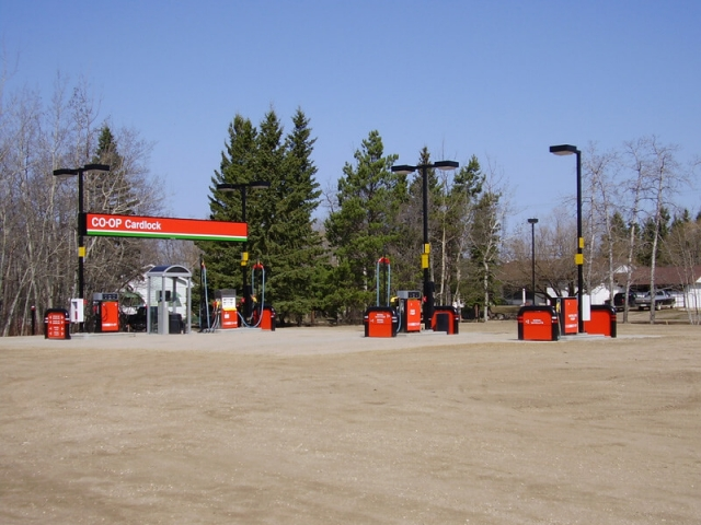 Co-Op Fueling station